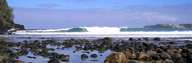 Photo: Hawaii waves, rocks
